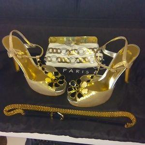 Calvin Klein gold heels .sz 8.5. exc  condition